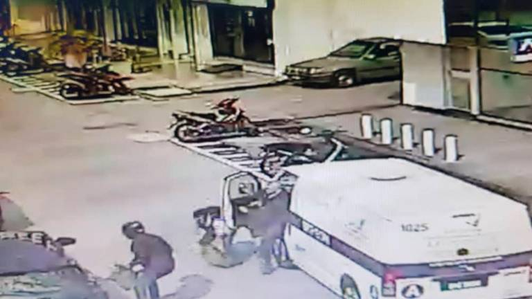 Police dragnet in Penang fails to net 2 robbers