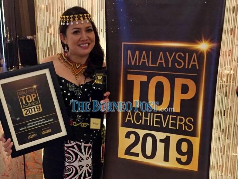 Bidayuh entrepreneur Awaeang Kwasin among winners of 'Malaysia Top Achievers 2019′