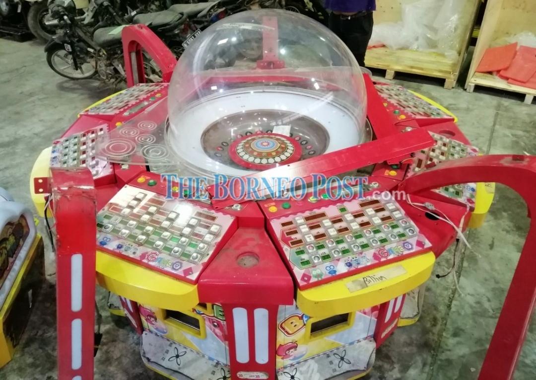 Customs seizes gambling machine declared as 'furniture' inside shipping container at Senari Port