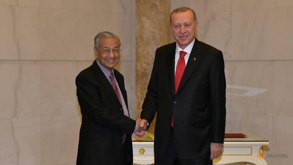 Progress of non-Muslims 'left us in lurch', Malaysia tells Islamic summit