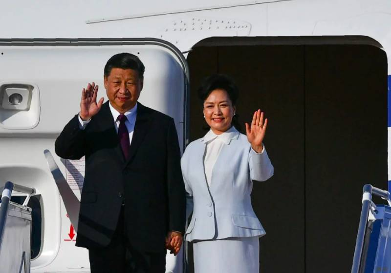 Macau handover anniversary: Xi Jinping begins visit by heaping praise on city for sticking to 'one country, two systems' policy