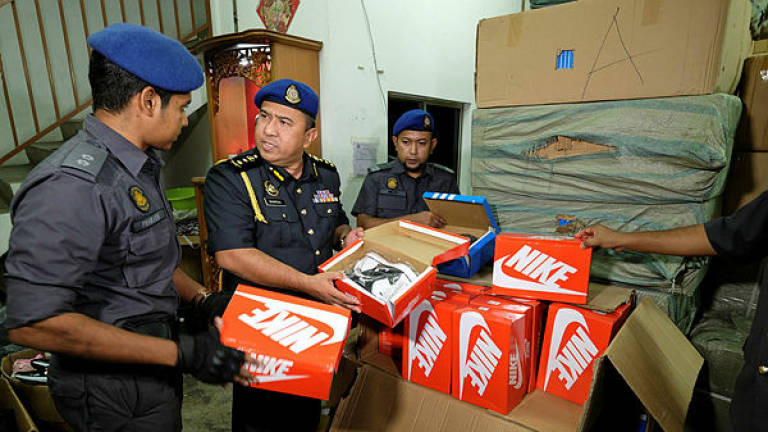 KPDNHEP Putrajaya seizes fake branded footwear worth RM1.3m