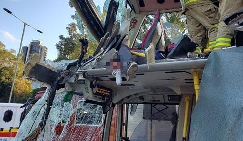 香港巴士车祸 6人死亡30多人轻重伤