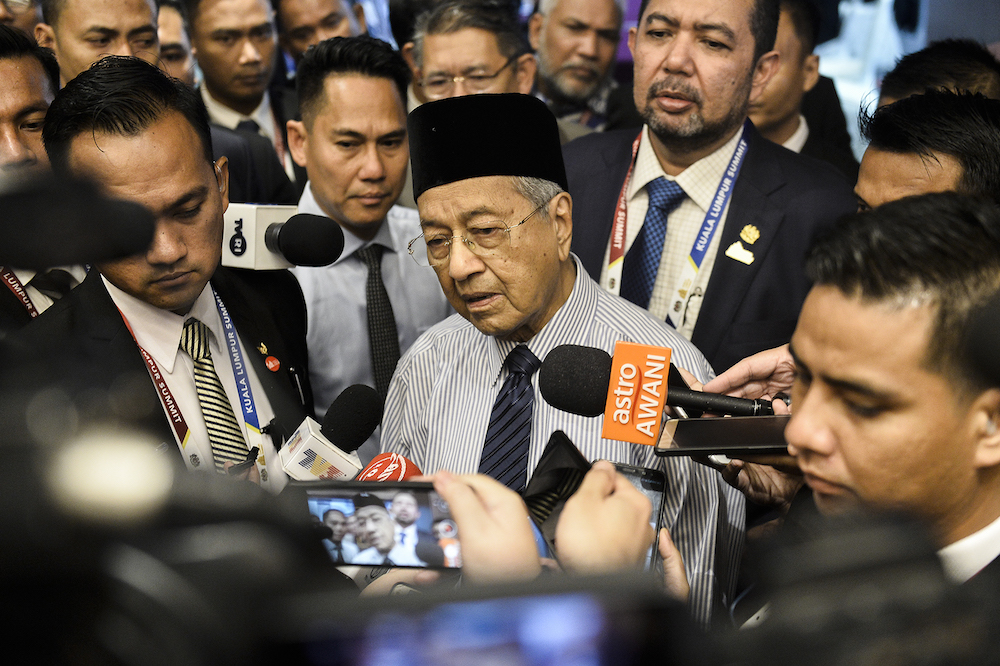 Dr M questions India's need for controversial citizenship law