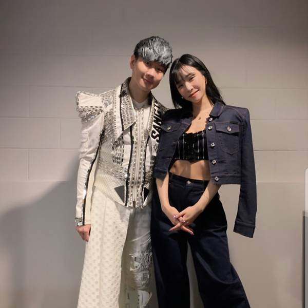 JJ Lin holds first concert at National Stadium, Tiffany Young drops by