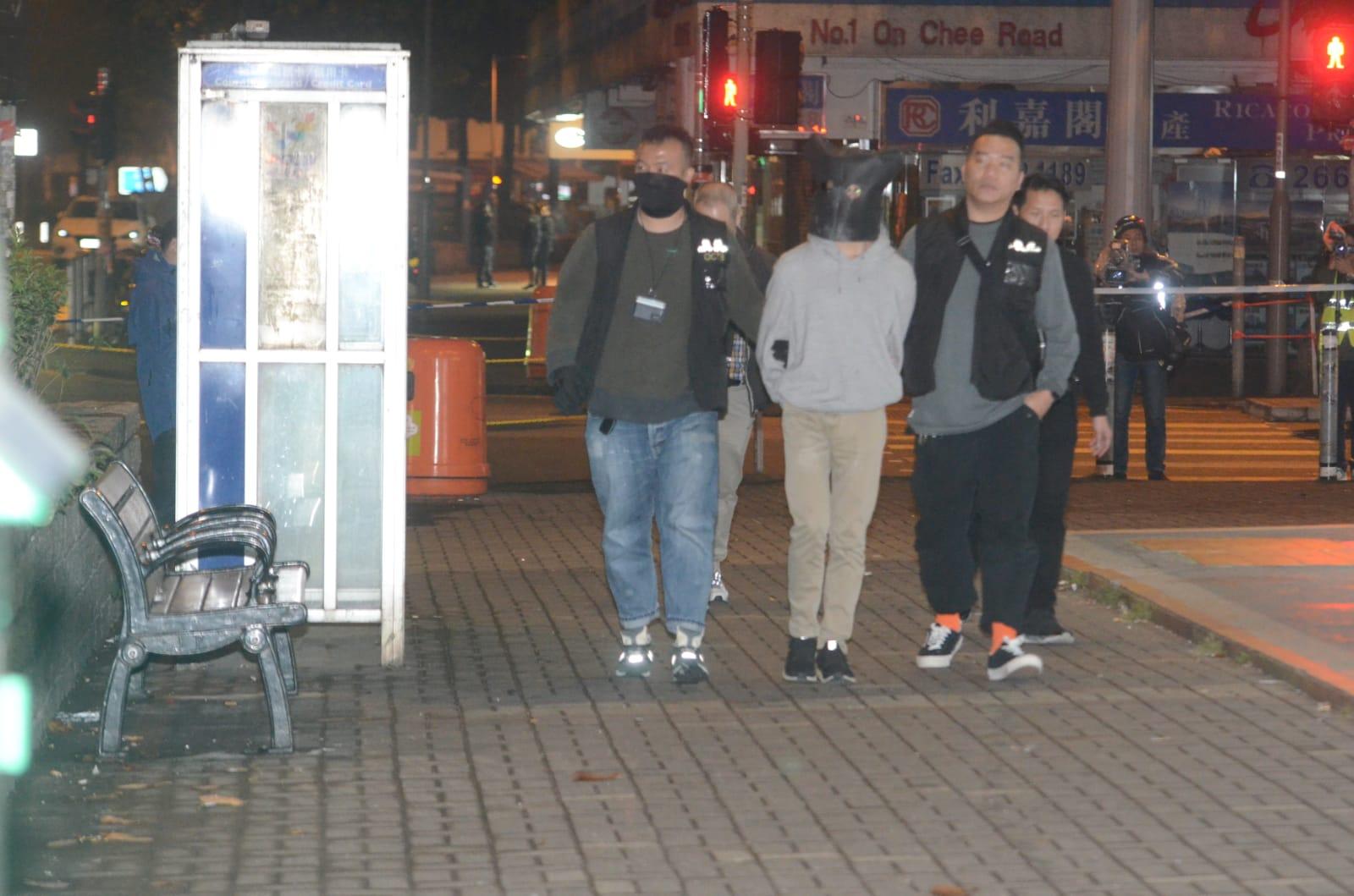 【大埔开枪案】18岁疑犯粉岭法院提堂 其馀6被捕男女保释候查