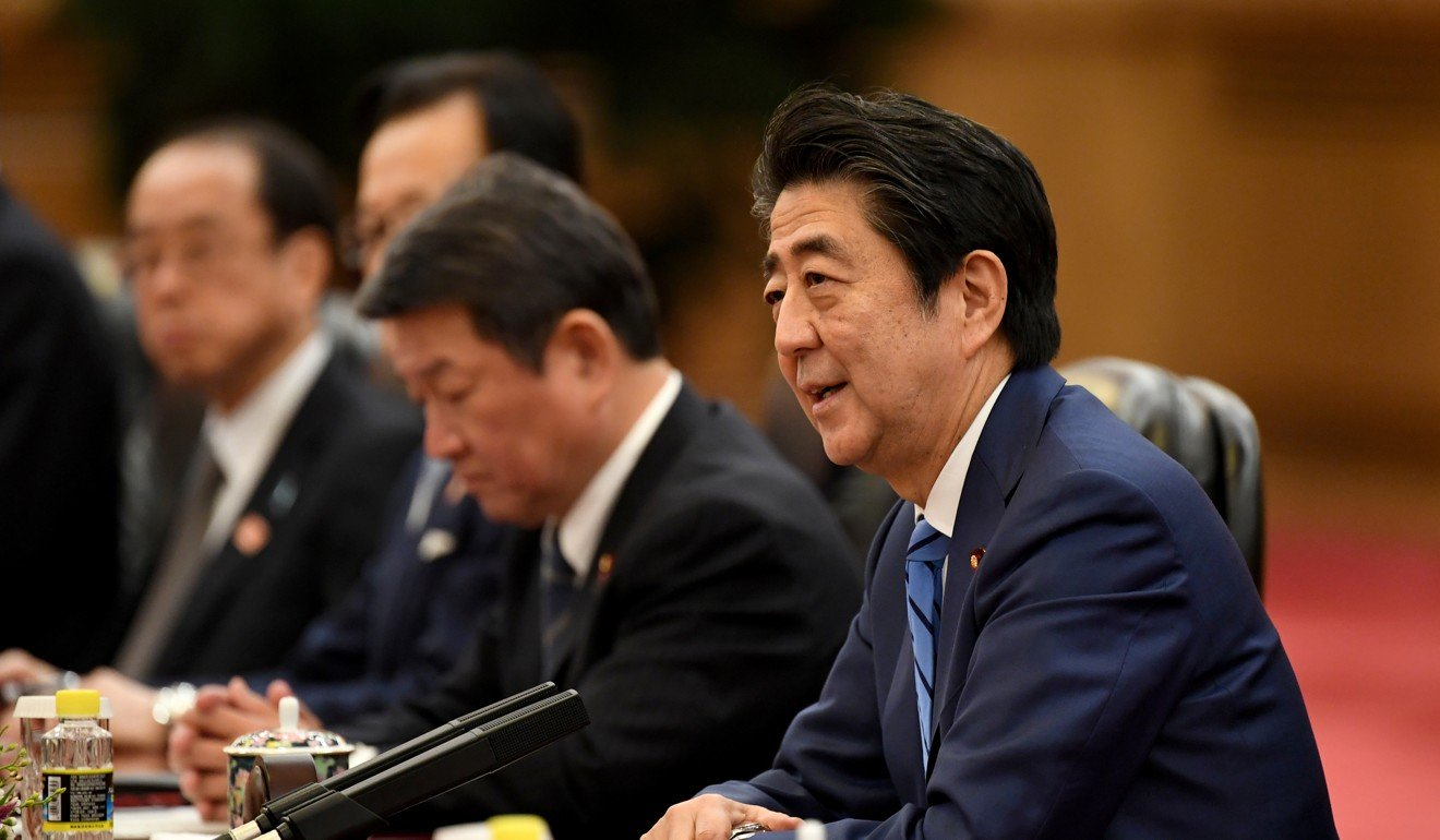 China and Japan should not see each other as a threat, Xi Jinping tells Shinzo Abe