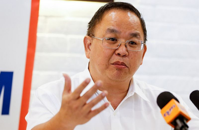 Social activist urges MACC to reopen undersea tunnel and Guan Eng's bungalow case