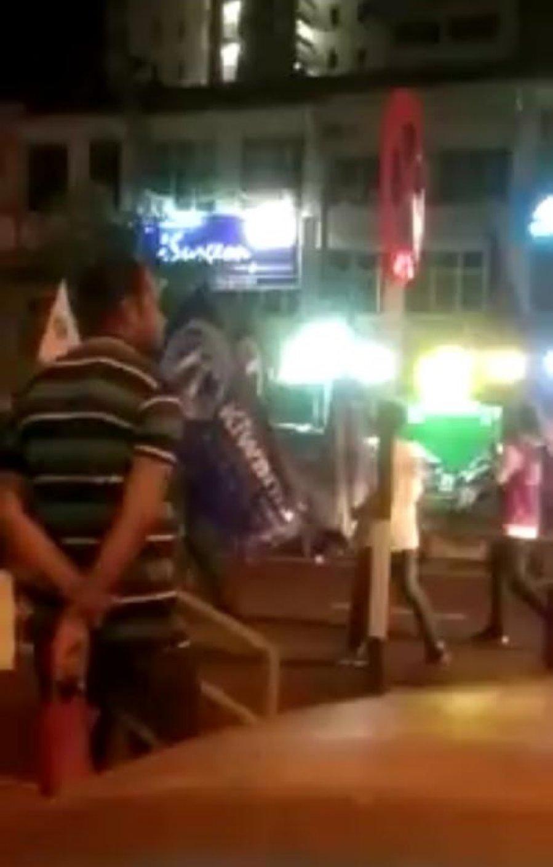威省游行现共产党旗? 警方:根本不存在
