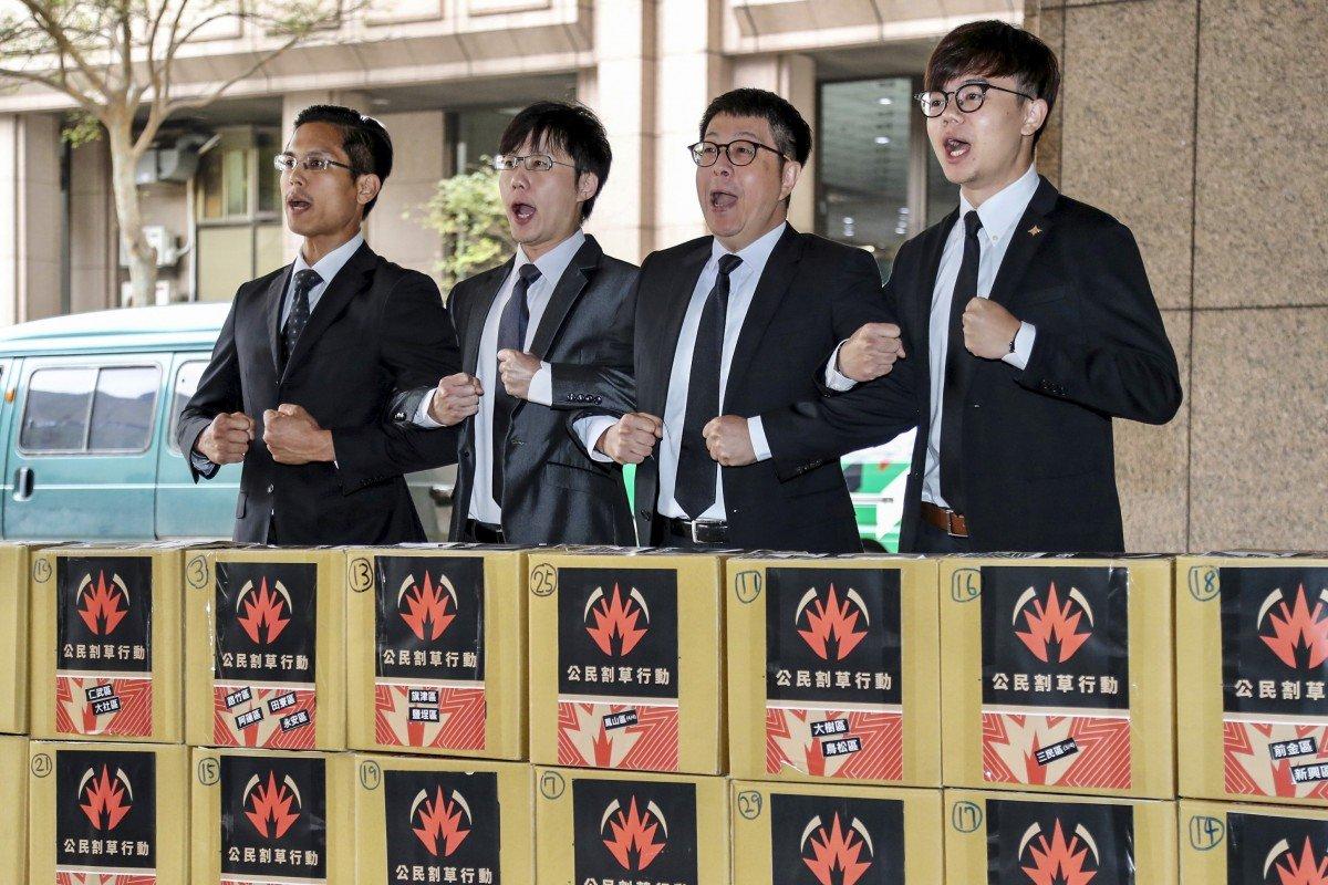 Taiwan recall campaigners get referendum ball rolling against 'runaway' Kaohsiung mayor Han Kuo-yu