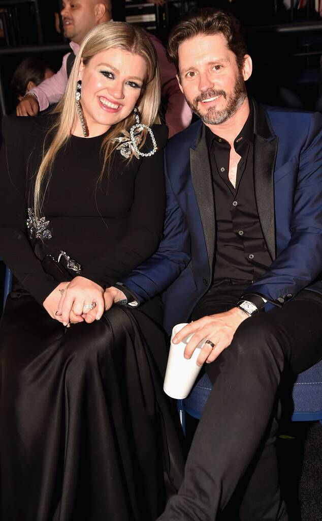Why Kelly Clarkson and Brandon Blackstock's Inner Circle Is ''Shocked'' By Divorce News