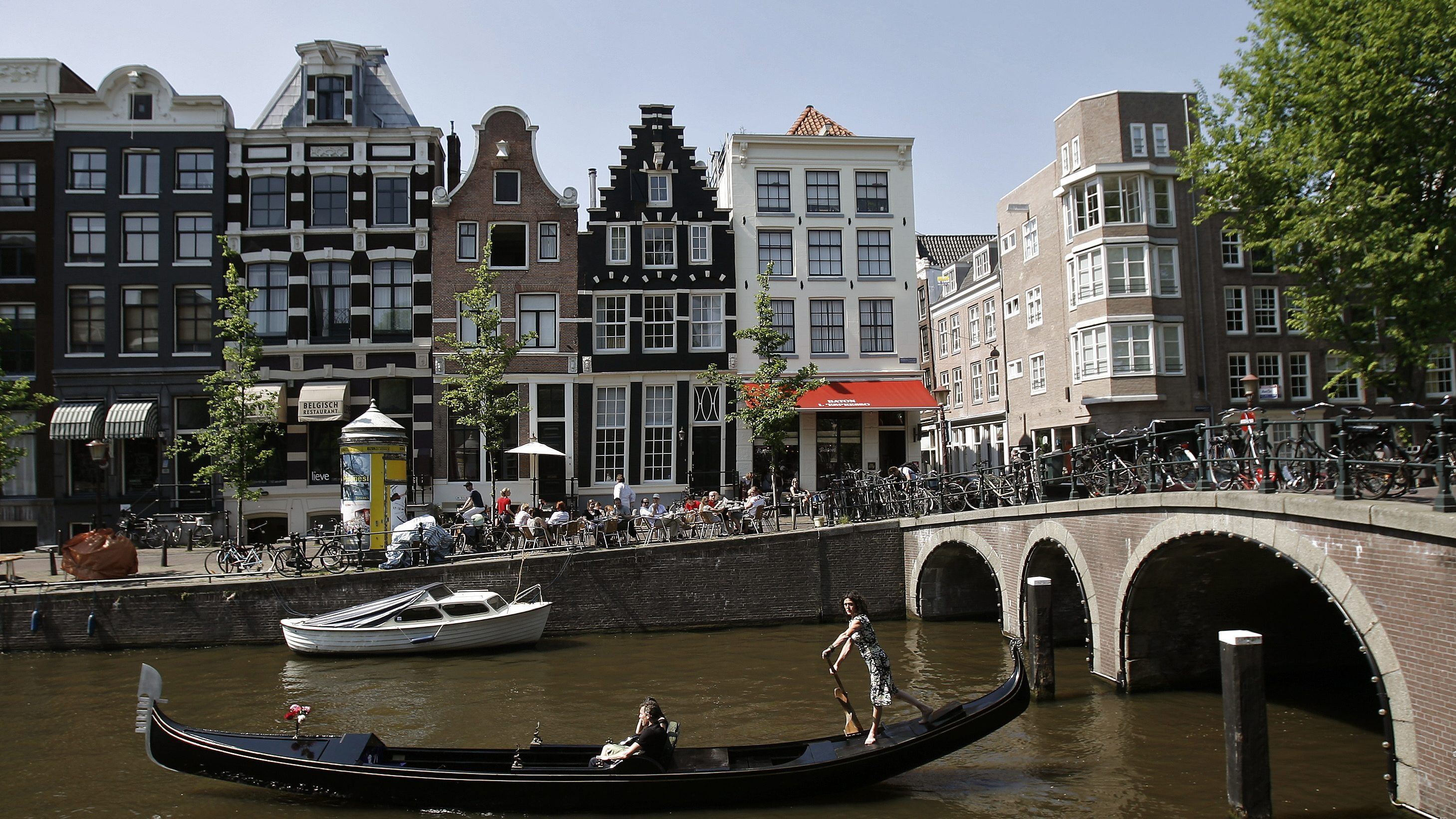 The Dutch want to make big economic reforms with a doughnut