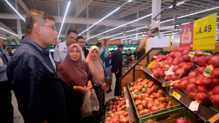 Sufficient onion supply for CNY: Saifuddin Nasution