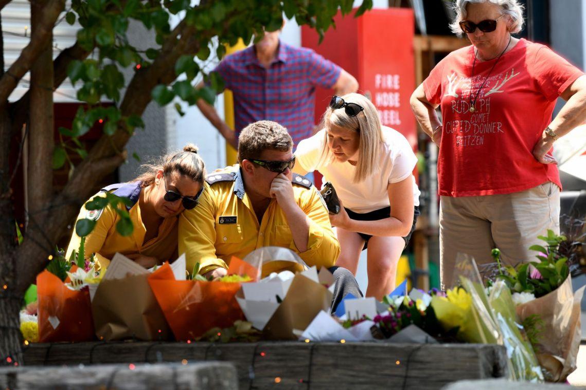 Australian PM Scott Morrison announces compensation for volunteer firefighters amid intense bushfire season