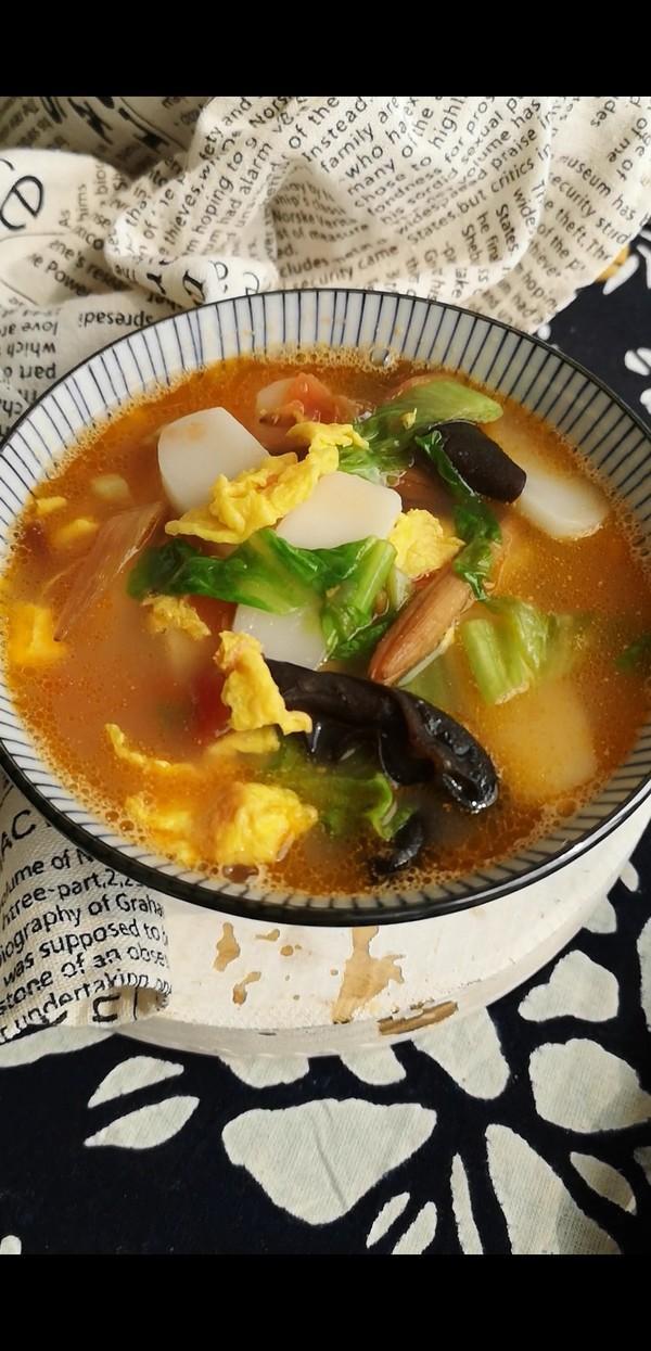 天冷了晚上给自己做碗这个汤,经济实惠,暖胃又美颜,好吃还养人
