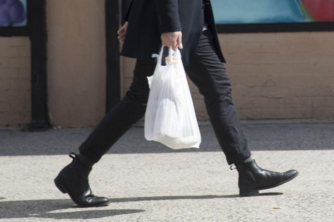 Fiji starts plastic bag ban