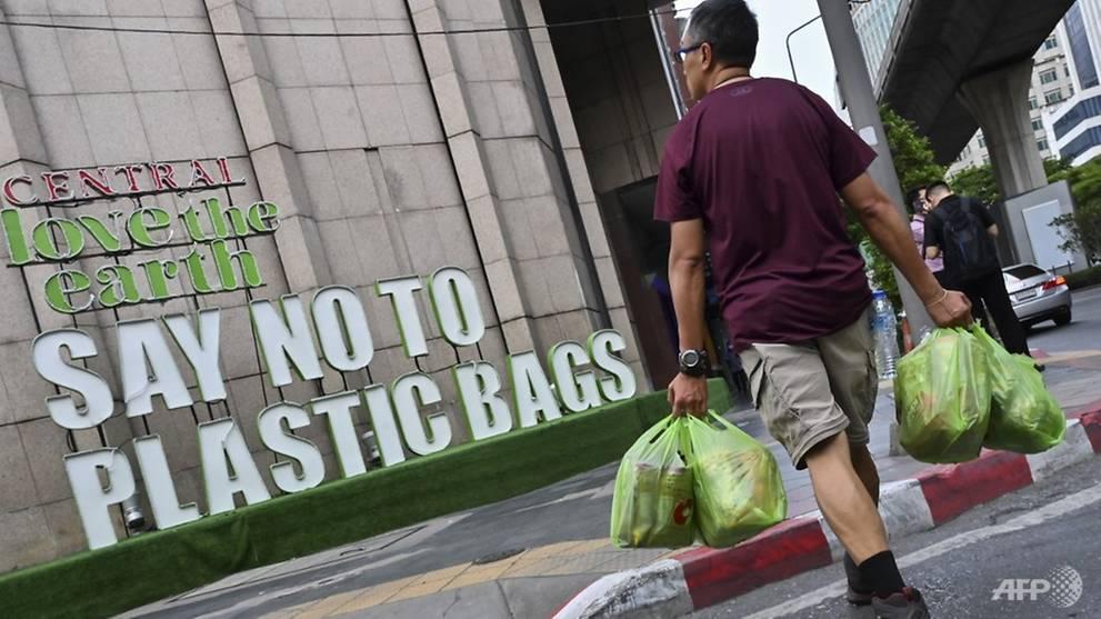 Thailand kicks off 2020 with plastic bag ban