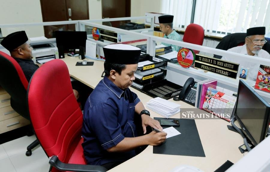 Directive to wear songkok also applies to 7 joint departments in Kelantan