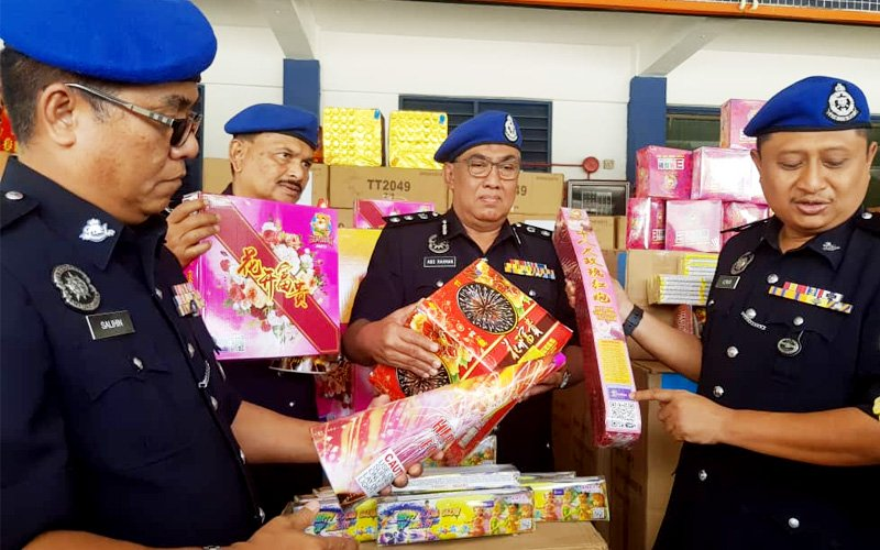 Fireworks worth RM1.5 mil for Chinese New Year seized in Johor