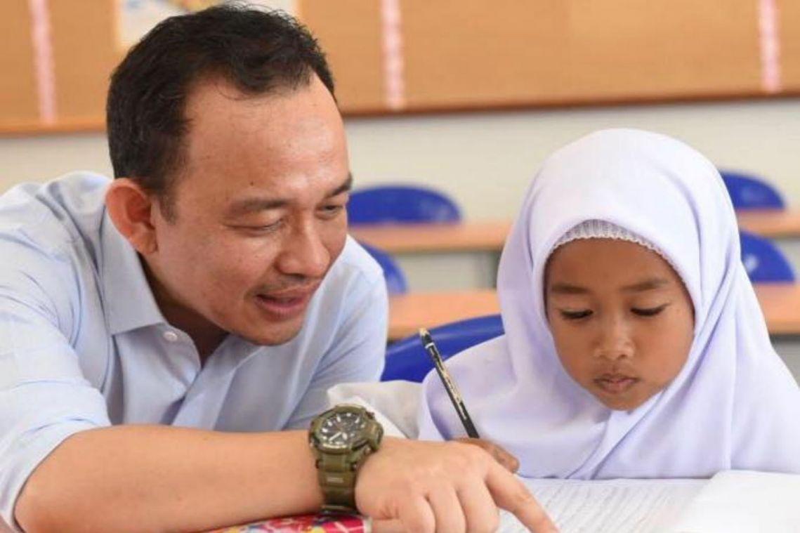 Malaysia's unpopular Education Minister Maszlee Malik resigns