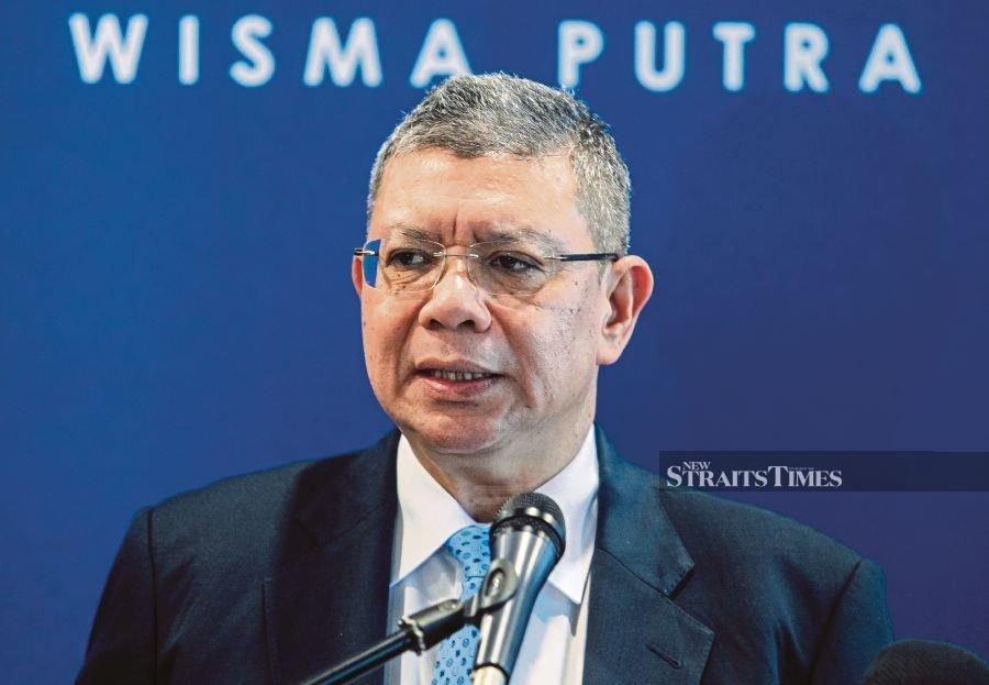 Saifuddin: Malaysia remains consistent over South China Sea claim