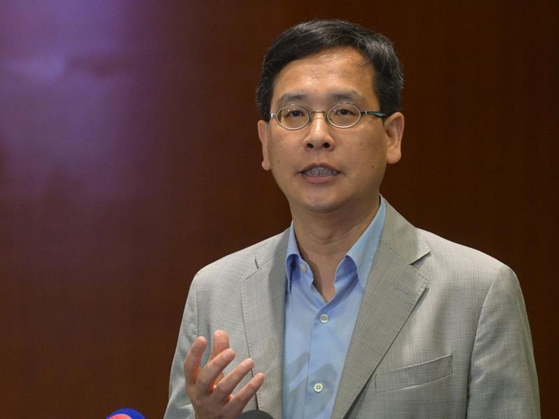 回应杨润雄DQ校长资格 叶建源:官员不负责任评论是危险事情