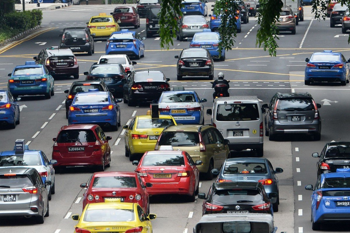 Singaporean vehicles delaying Malaysia's planned entry permits at major complexes