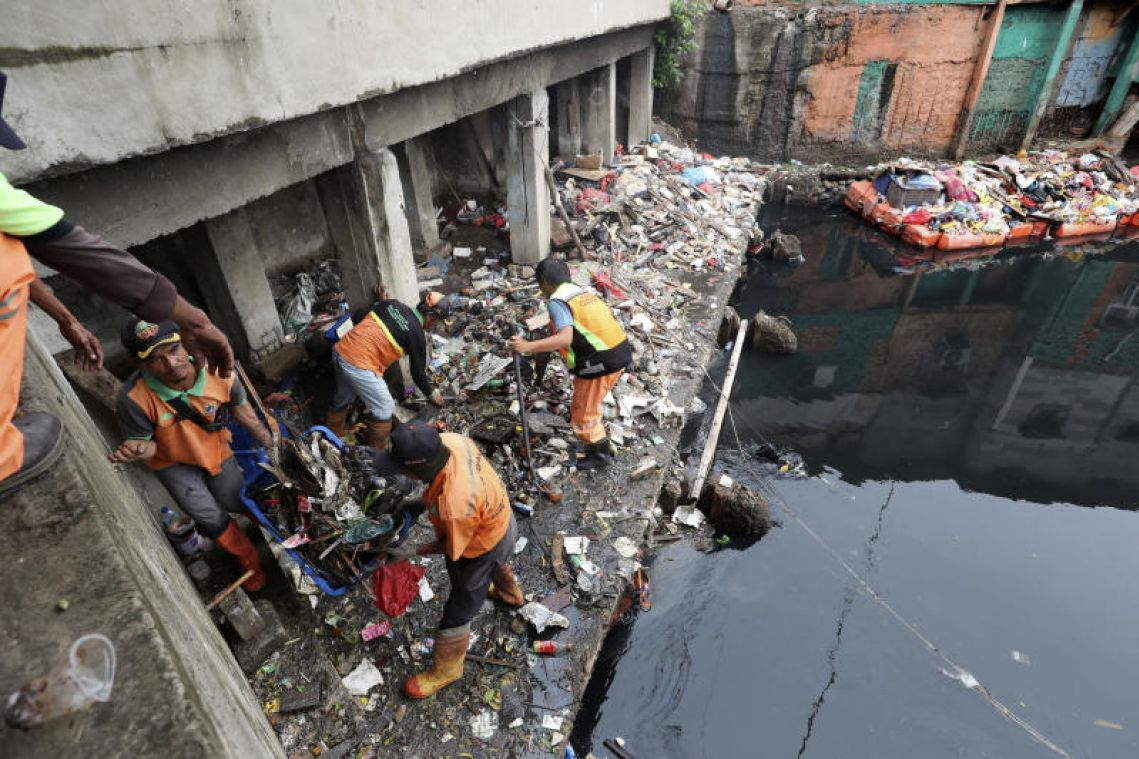 Despite Jakarta's deadly floods, few Indonesian authorities hear climate 'wake up call'