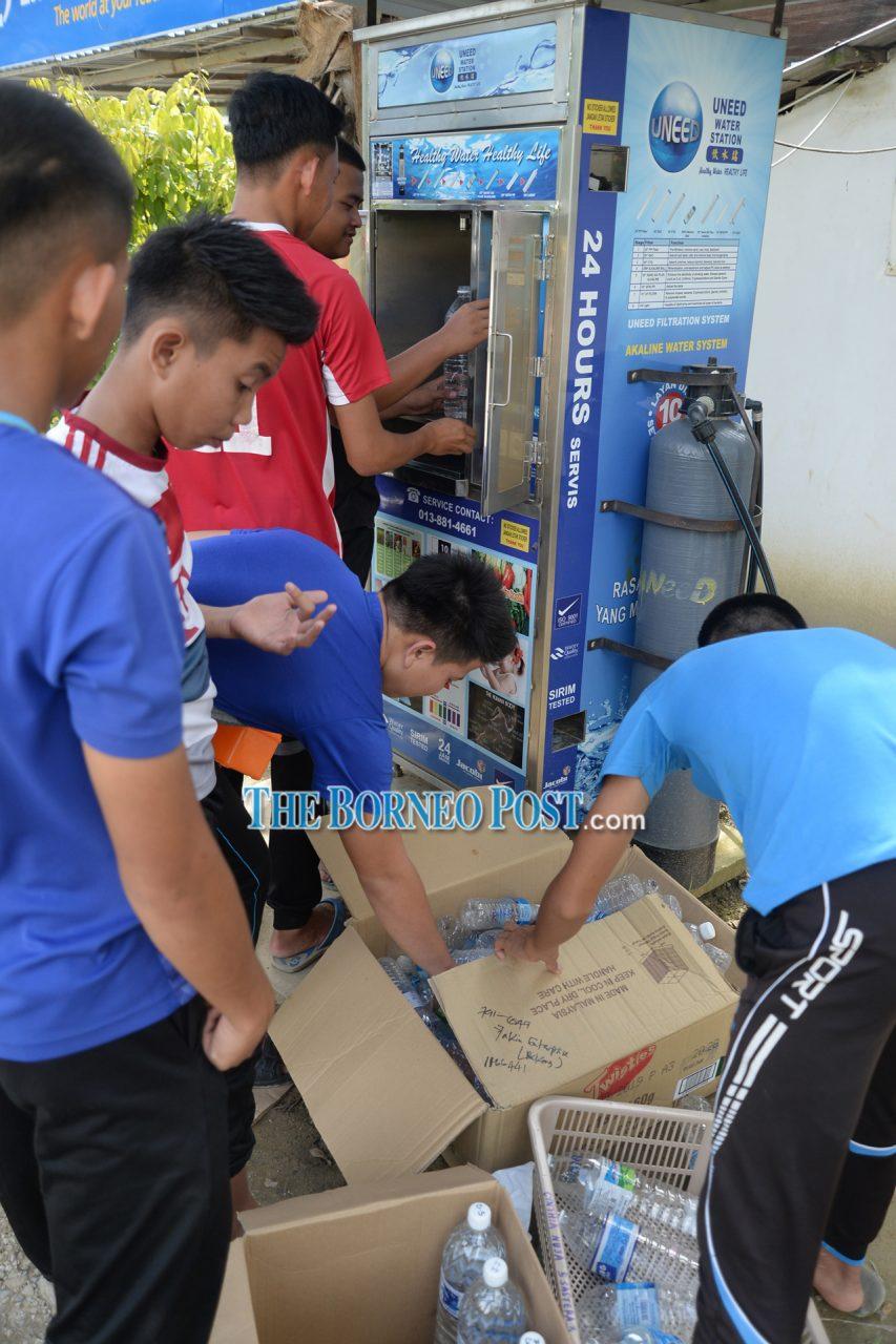 Dirty water blues in Bakong