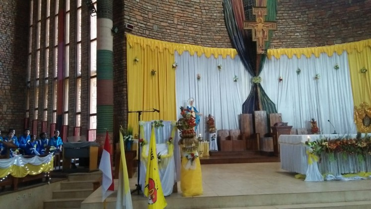 Church built by soccer great Del Piero draws visitors to East Nusa Tenggara