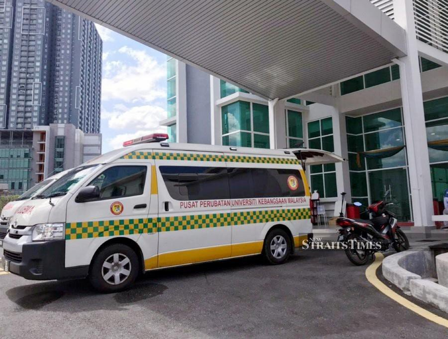 137 teachers down with food poisoning at Cheras training centre