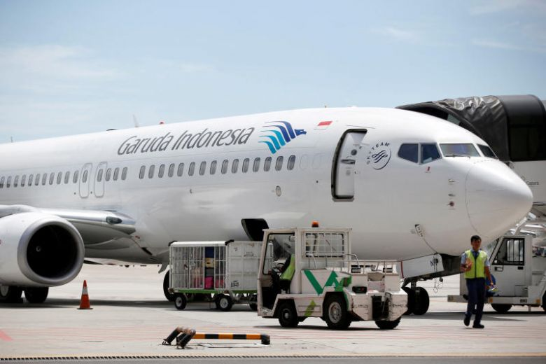 Family 'detained' for grumbling over Garuda flight in Indonesia