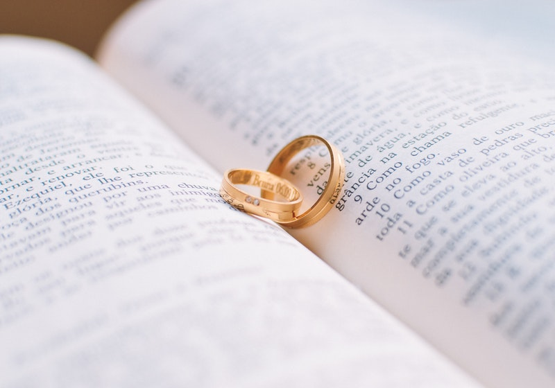 Engaged couples in China ask govt for special 20200202 wedding date
