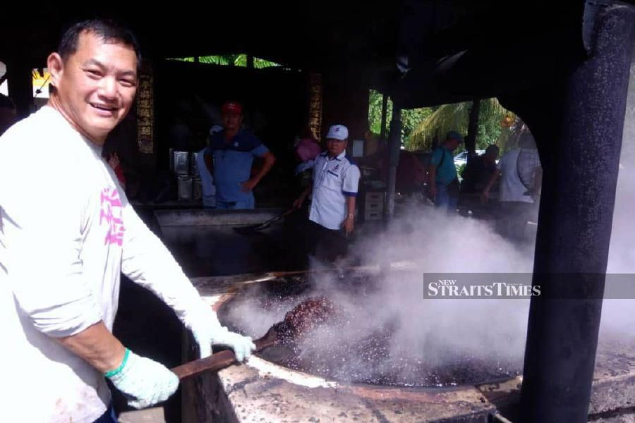 Kimanis coffee aroma draws attention of Sabah CM during election campaign
