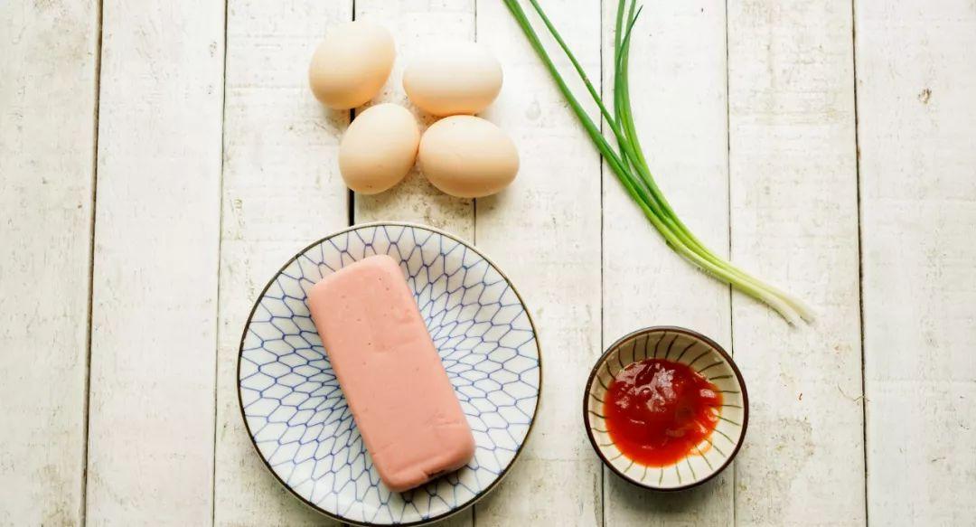 鸡蛋谁还水煮啊!这个新做法好吃又营养!