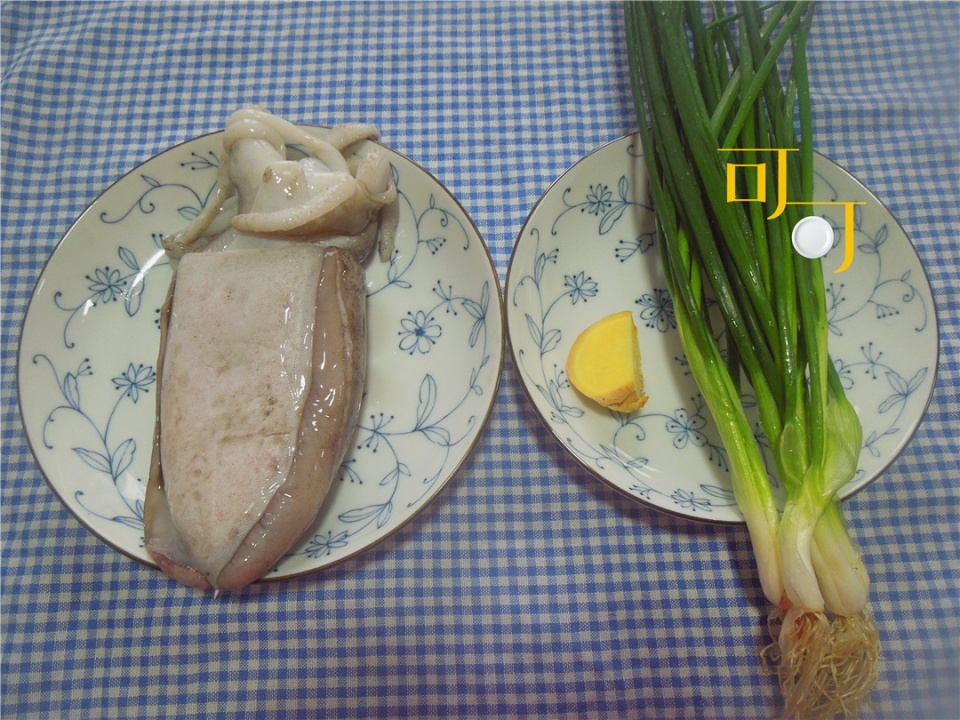 宁波人的传统吃法手撕墨鱼,软熟入味,比炒着吃好吃多了!