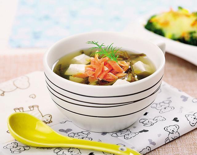 养生全靠一碗汤!这几款汤的做法,滋润养生,汤鲜味浓