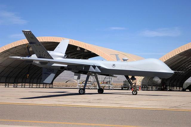 美军基地鸠占鹊巢,飞机多如牛毛却没防空导弹,面临打击吃哑巴亏