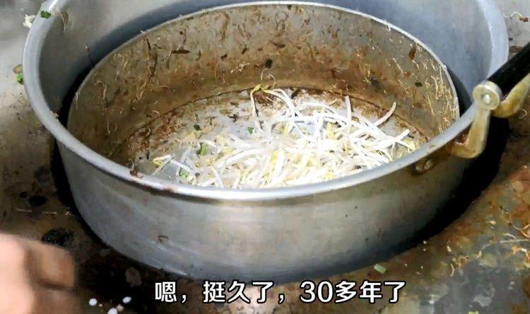 莆田老巷30多年小店,豆浆炒米粉第一次见,看看你有没有吃过
