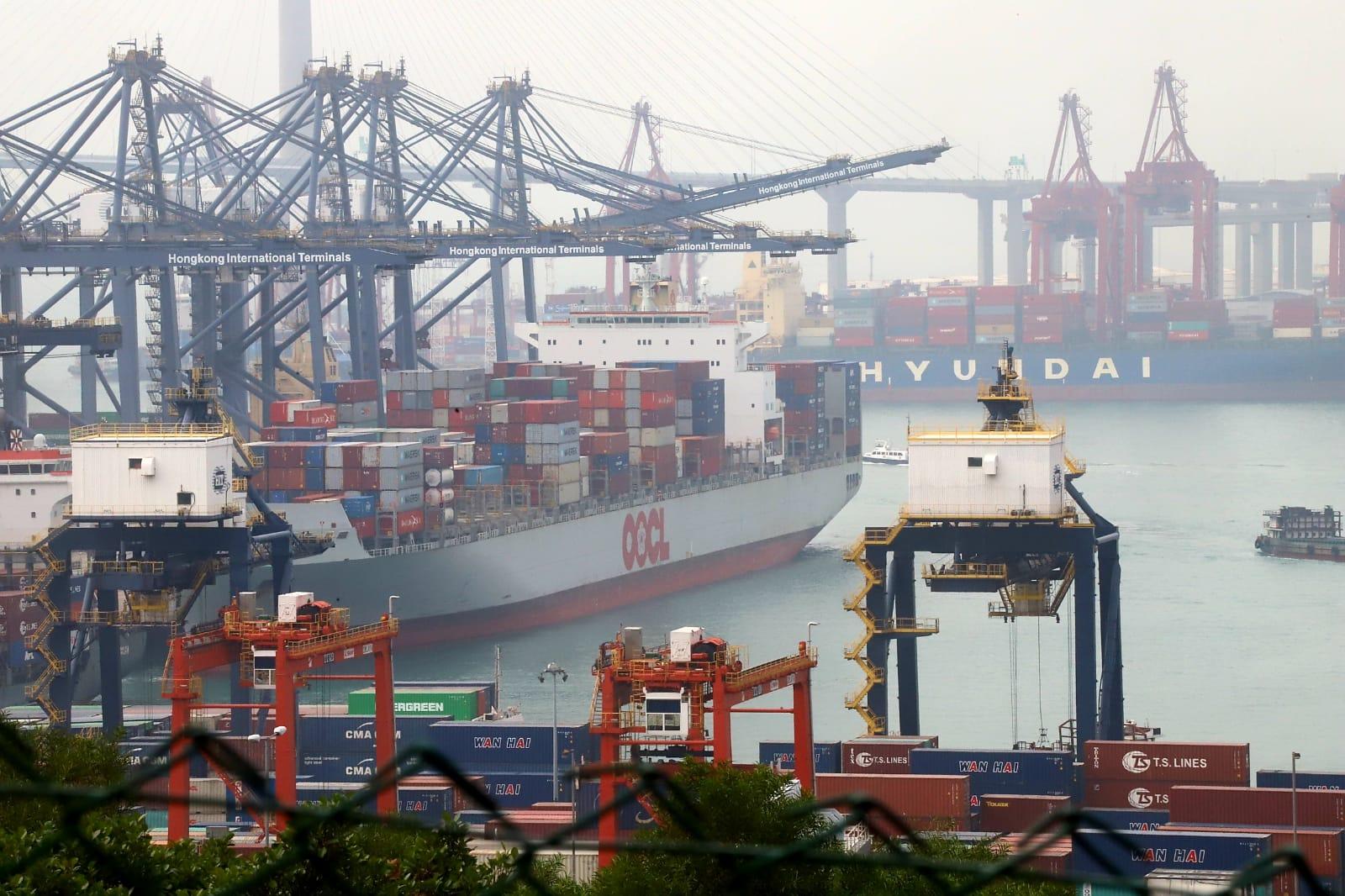 葵涌货柜码头货轮求救虚惊一场 警员收队离开