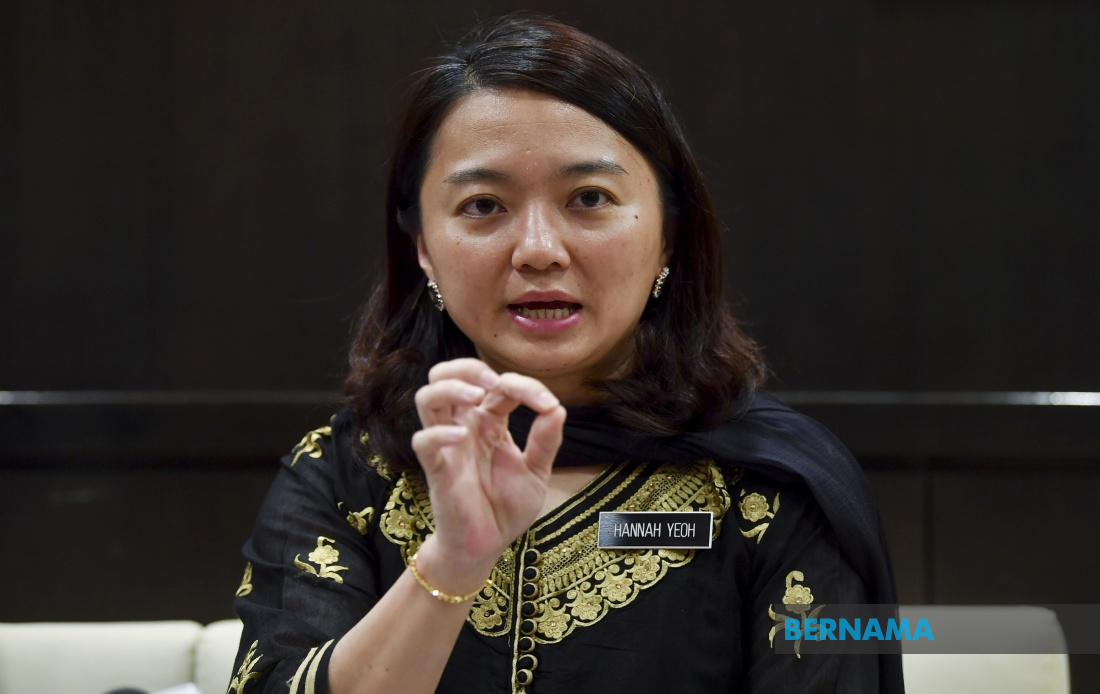 """Sunday should be made """"rest with family"""" day – Hannah Yeoh"""