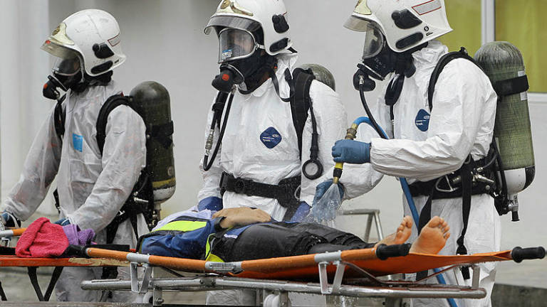 Six people suffer chemical poisoning