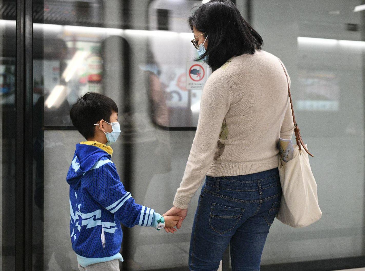 【新冠肺炎】再增6人回港后不适入院 累计67宗