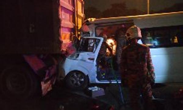 羽球大师赛4外国人遇车祸,本地司机死亡