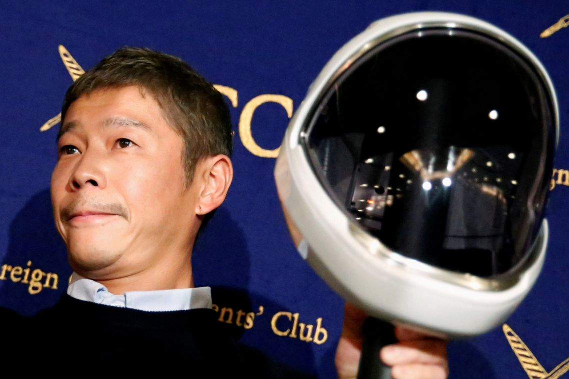 Japanese billionaire looking for love to take on Musk moon trip