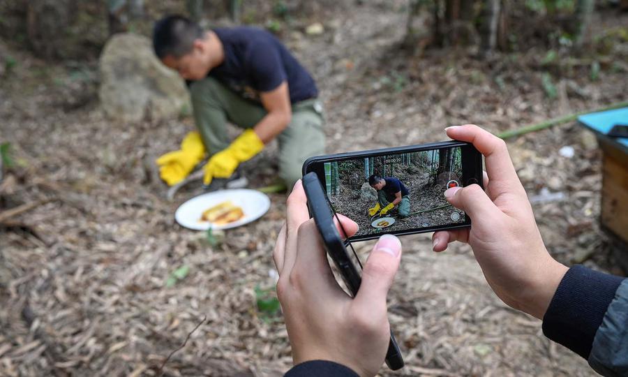 Farmers turn to Douyin, China's version of TikTok