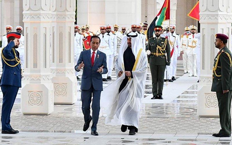 Najib shows off Arab prince's RM93 billion Indonesia deal