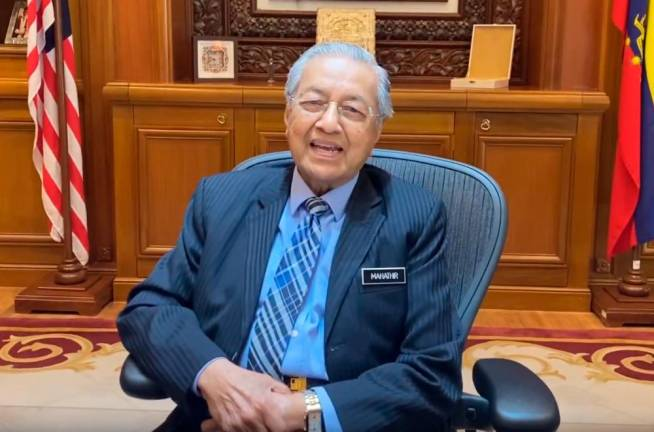 Ponggal: Dr Mahathir wishes prosperous year for all