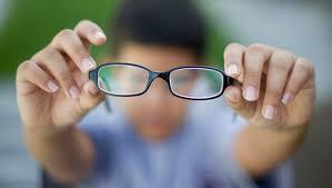 日看学习机6个小时 5岁童1000度近视