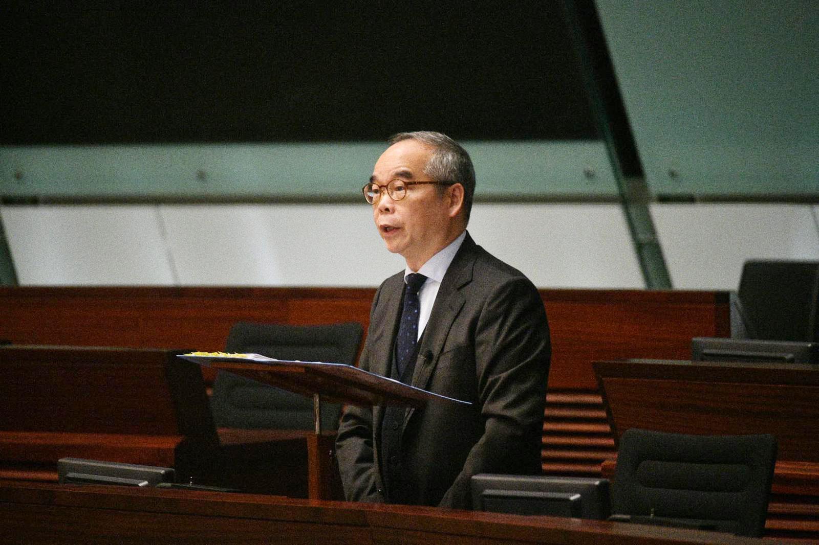 议员促交代制服团体涉非法公众活动投诉 刘江华:无相关资料